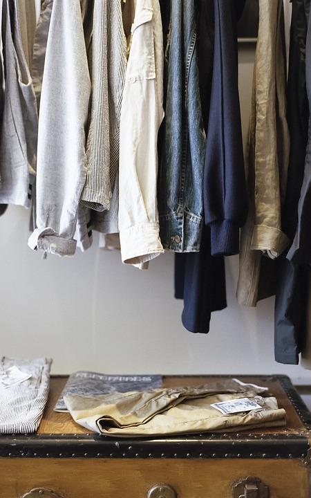 closet-1209917_960_720