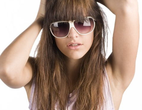 How to Grow Out Your Bangs